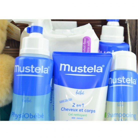 Mustela Hamper with Forever Friends